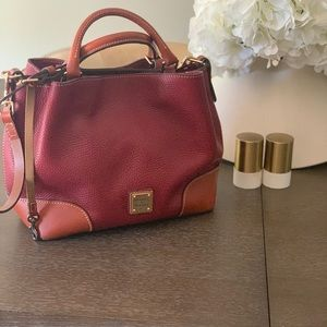 Authentic like new dooney and Bourk purse